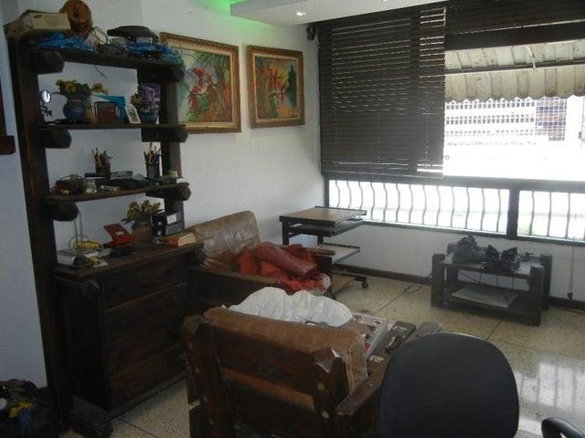 Apartamento Distrito Metropolitano>Caracas>Los Dos Caminos - Venta:13.856.000.000 Bolivares Fuertes - codigo: 15-14010