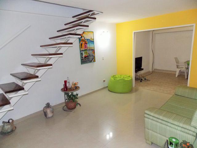 Casa Miranda>Higuerote>Higuerote - Venta:38.481.000.000 Precio Referencial - codigo: 15-14045