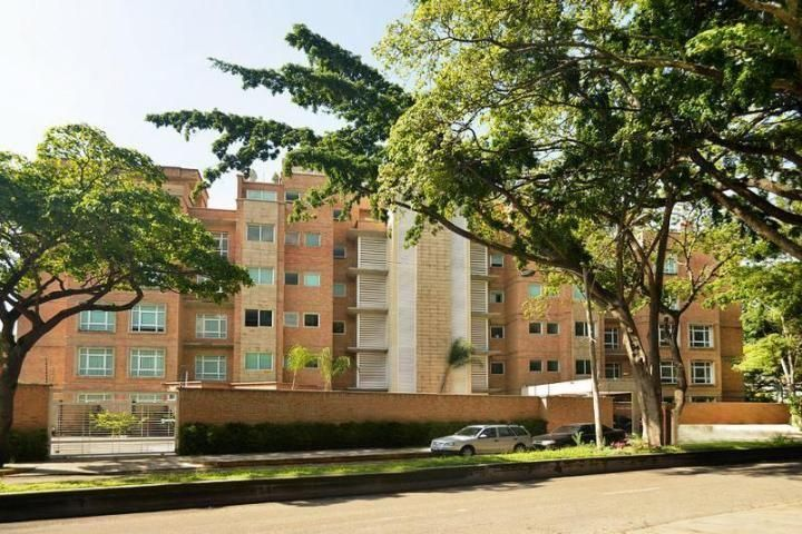 Apartamento Distrito Metropolitano>Caracas>La Castellana - Venta:200.000.000.000 Bolivares Fuertes - codigo: 15-14085