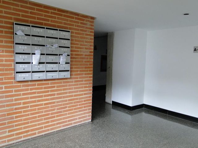 Apartamento Distrito Metropolitano>Caracas>Villa Nueva Hatillo - Venta:146.162.000.000 Precio Referencial - codigo: 15-14086