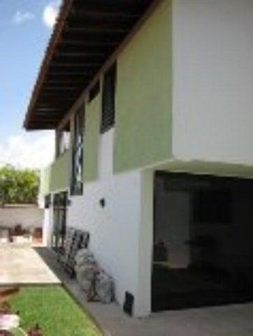 Casa Distrito Metropolitano>Caracas>Chulavista - Venta:1.128.532.000.000 Precio Referencial - codigo: 15-14148