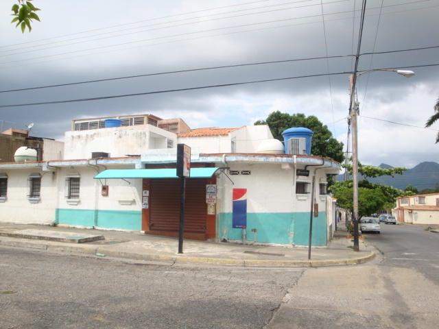 Negocios y Empresas Carabobo>Municipio San Diego>La Esmeralda - Venta:97.841.264.000.000 Bolivares - codigo: 15-14276