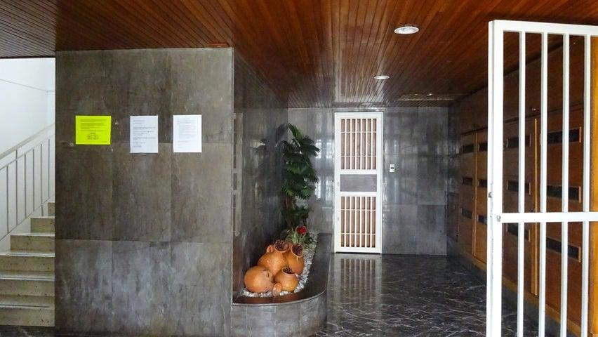 Apartamento Distrito Metropolitano>Caracas>El Marques - Venta:31.426.000.000 Precio Referencial - codigo: 15-14323