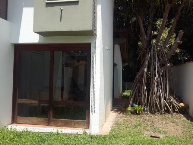 Casa Distrito Metropolitano>Caracas>Los Chorros - Venta:400.000 Precio Referencial - codigo: 15-14360