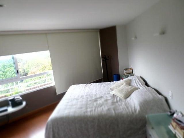 Apartamento Distrito Metropolitano>Caracas>El Pedregal - Venta:65.801.000.000 Bolivares Fuertes - codigo: 15-14391
