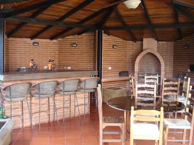 Casa Carabobo>Valencia>Guataparo - Venta:5.600.000.000 Bolivares Fuertes - codigo: 15-14341