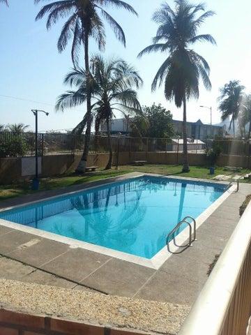 Apartamento Vargas>La Guaira>Macuto - Venta:28.093.000.000 Precio Referencial - codigo: 15-14466