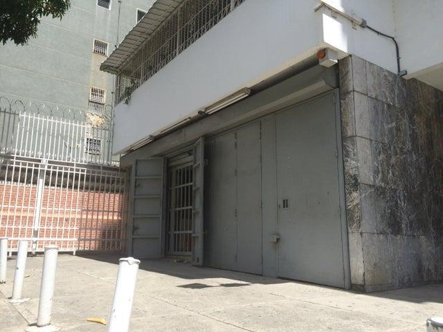 Local Comercial Distrito Metropolitano>Caracas>Sabana Grande - Venta:35.538.000.000 Bolivares - codigo: 15-14518