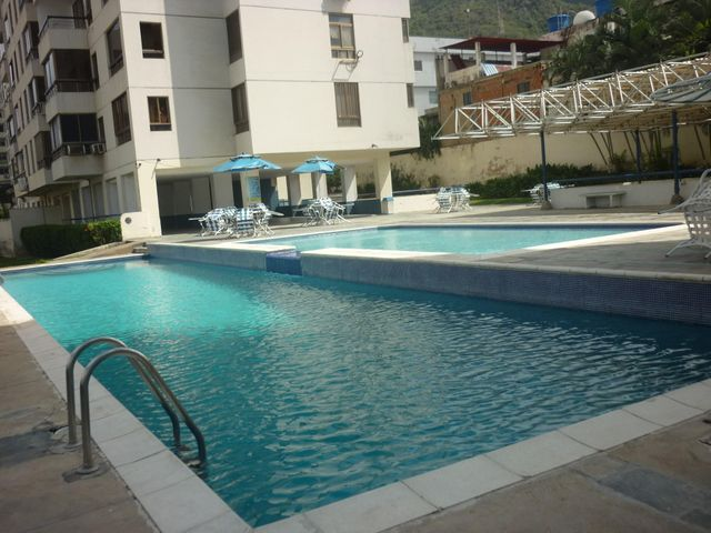 Apartamento Vargas>La Guaira>Macuto - Venta:5.474.000.000 Bolivares Fuertes - codigo: 15-14536