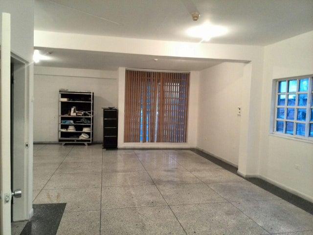 Edificio Aragua>Maracay>La Barraca - Venta:61.073.000.000 Precio Referencial - codigo: 15-14583