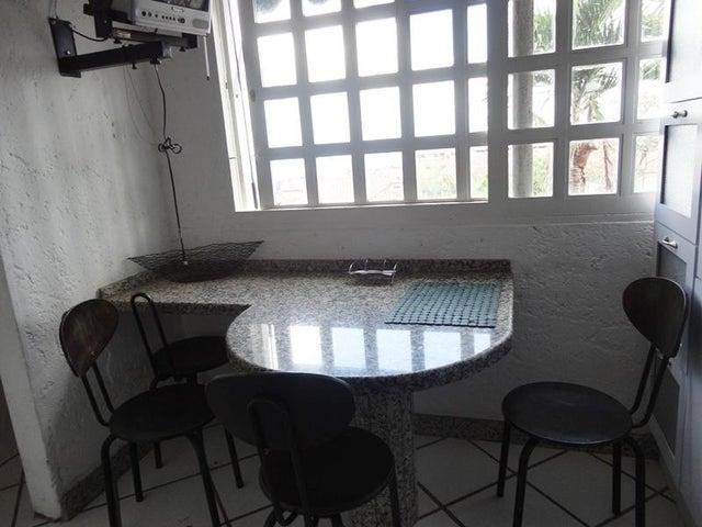 Townhouse Distrito Metropolitano>Caracas>La Union - Venta:23.094.000.000 Bolivares - codigo: 15-14599