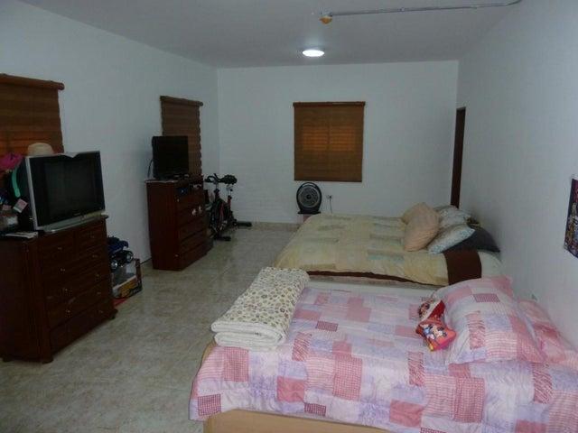Casa Zulia>Maracaibo>Circunvalacion Dos - Venta:7.921.000.000 Bolivares Fuertes - codigo: 15-14692