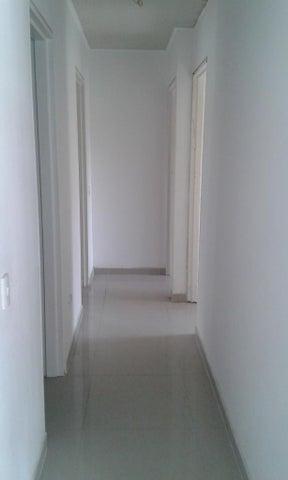 Apartamento Distrito Metropolitano>Caracas>Mariperez - Venta:12.663.000.000 Bolivares Fuertes - codigo: 15-14720