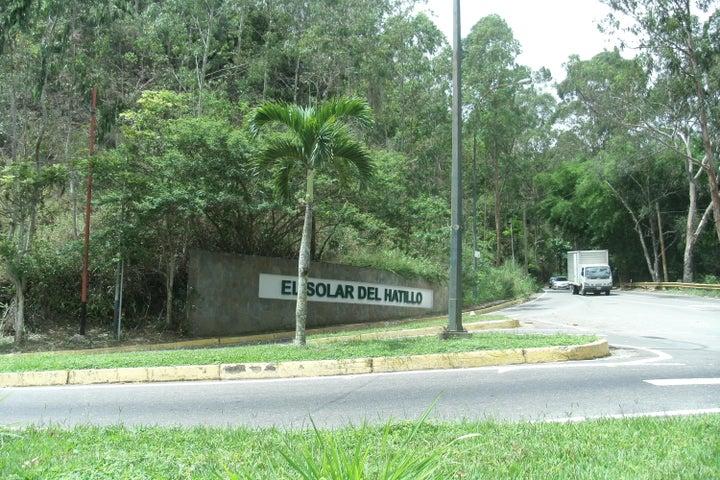 Apartamento Distrito Metropolitano>Caracas>Solar del Hatillo - Venta:44.132.000.000 Bolivares Fuertes - codigo: 15-14734
