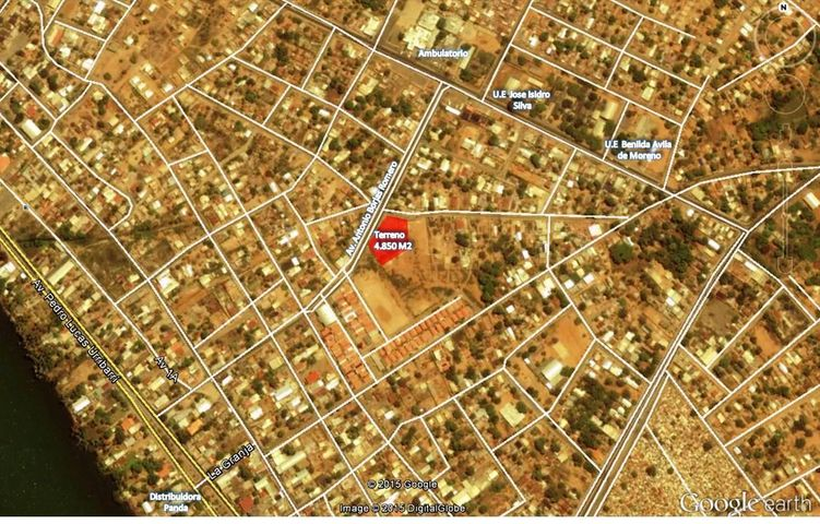 Terreno Zulia>Santa Rita>Via Principal - Venta:710.000.000 Bolivares - codigo: 15-14733