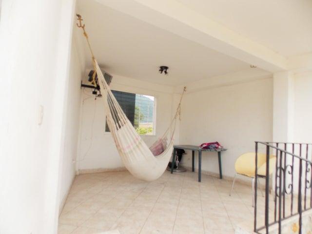 Casa Miranda>Guatire>Guatire - Venta:11.750.000.000 Bolivares - codigo: 15-14919