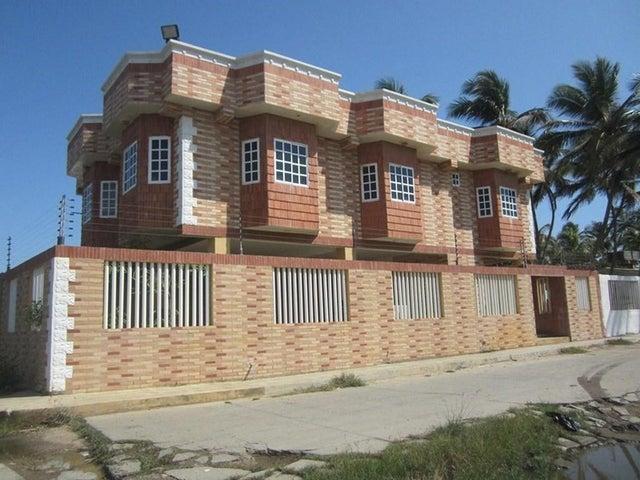 Townhouse Falcon>Chichiriviche>Playa Norte - Venta:24.429.000.000 Precio Referencial - codigo: 15-14792