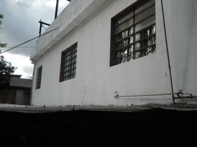 Casa Distrito Metropolitano>Caracas>El Llanito - Venta:22.632.000.000 Bolivares - codigo: 15-14842