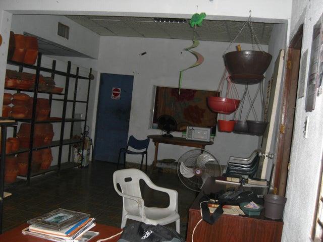 Casa Zulia>Ciudad Ojeda>Avenida Bolivar - Venta:11.750.000.000 Bolivares - codigo: 15-14836