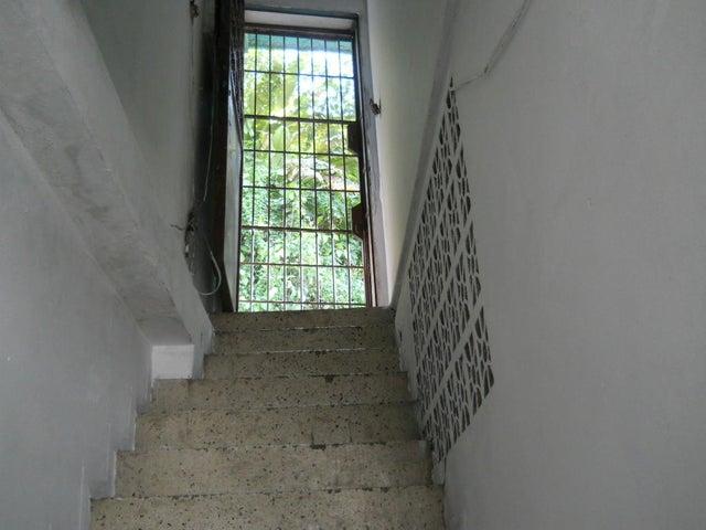 Casa Distrito Metropolitano>Caracas>El Llanito - Venta:23.073.000.000 Bolivares - codigo: 15-14861