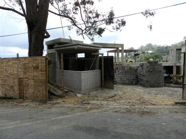 Casa Distrito Metropolitano>Caracas>Alto Hatillo - Venta:630.254.000.000 Precio Referencial - codigo: 15-14879
