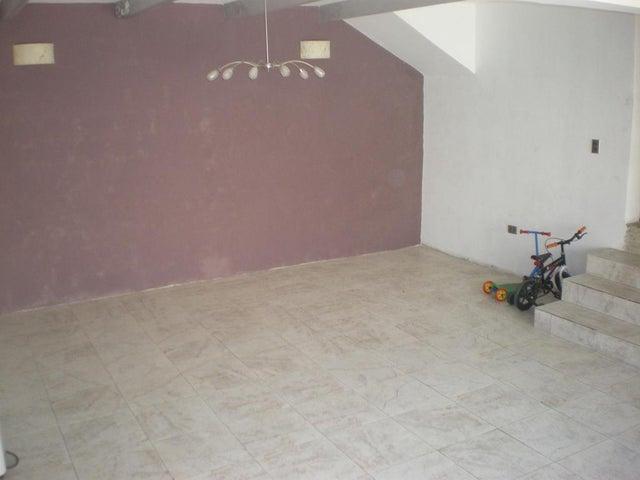 Casa Vargas>La Guaira>Macuto - Venta:64.135.000.000 Precio Referencial - codigo: 15-14992