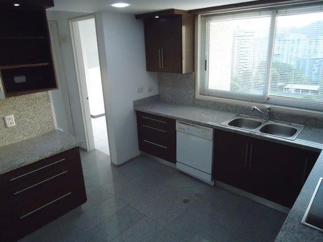 Apartamento Distrito Metropolitano>Caracas>Las Mesetas de Santa Rosa de Lima - Venta:305.363.000.000 Precio Referencial - codigo: 15-15053