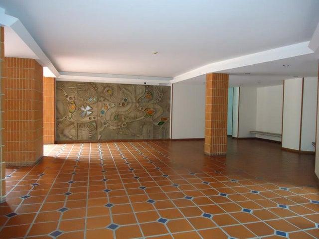 Apartamento Distrito Metropolitano>Caracas>Valle Arriba - Venta:450.000 US Dollar - codigo: 15-15054