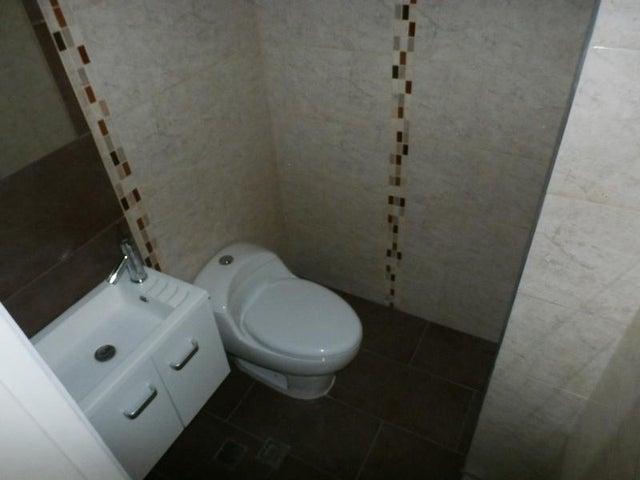Apartamento Carabobo>Valencia>La Trigaleña - Venta:48.903.000.000 Precio Referencial - codigo: 15-15068