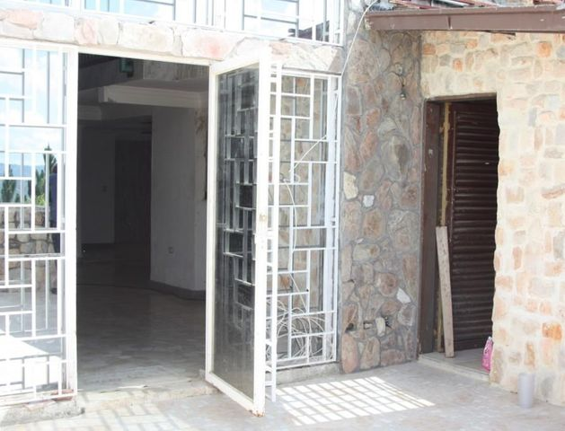 Casa Distrito Metropolitano>Caracas>Lomas de La Lagunita - Venta:500.000 Precio Referencial - codigo: 15-15287