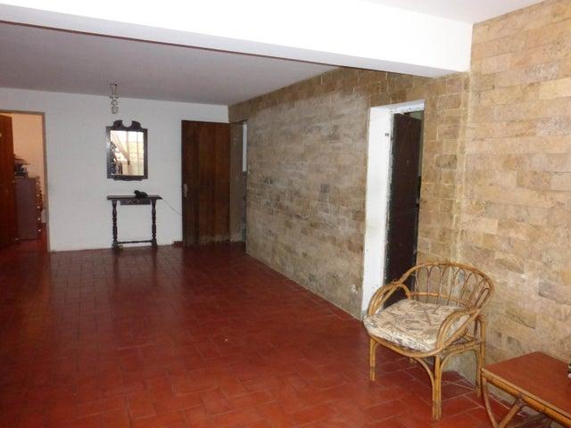 Casa Distrito Metropolitano>Caracas>Palo Verde - Venta:23.073.000.000 Bolivares - codigo: 15-15283