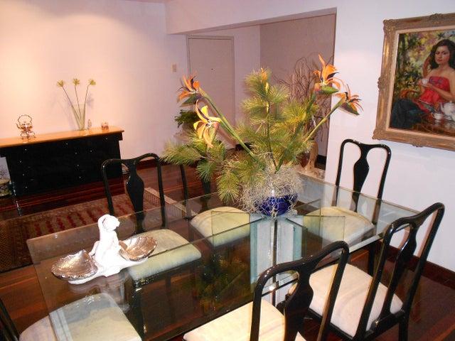 Apartamento Distrito Metropolitano>Caracas>Los Naranjos del Cafetal - Venta:180.000.000 Bolivares Fuertes - codigo: 15-15313