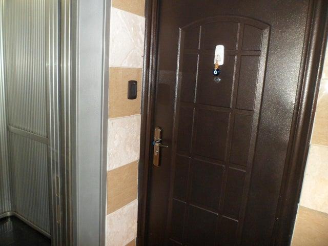 Apartamento Distrito Metropolitano>Caracas>Colinas de Bello Monte - Venta:188.250.000.000 Precio Referencial - codigo: 15-15555