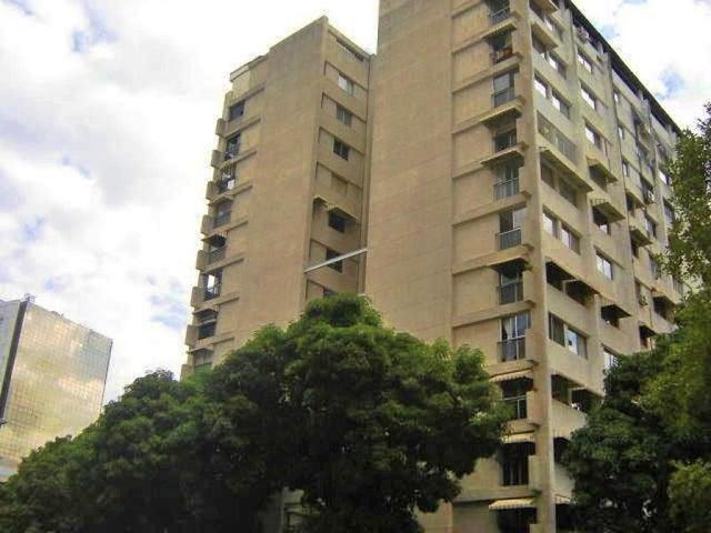Apartamento Distrito Metropolitano>Caracas>Los Palos Grandes - Venta:49.629.000.000 Bolivares Fuertes - codigo: 15-15561