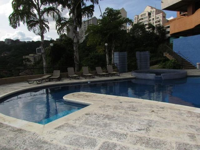 Apartamento Distrito Metropolitano>Caracas>Valle Arriba - Venta:372.729.000.000 Precio Referencial - codigo: 15-15602