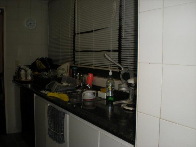 Apartamento Distrito Metropolitano>Caracas>Los Naranjos del Cafetal - Venta:80.829.000.000 Bolivares Fuertes - codigo: 15-15626