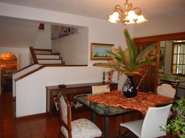 Casa Distrito Metropolitano>Caracas>Alto Prado - Venta:1.050.000.000 Precio Referencial - codigo: 15-15628