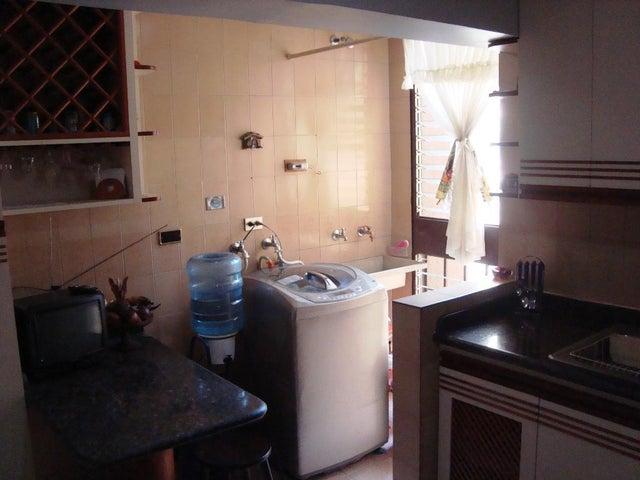 Apartamento Distrito Metropolitano>Caracas>Colinas de Bello Monte - Venta:179.500.000 Bolivares Fuertes - codigo: 15-15664