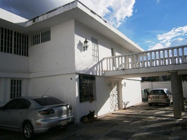 Casa Distrito Metropolitano>Caracas>Prados del Este - Venta:224.472.000.000 Precio Referencial - codigo: 15-15677