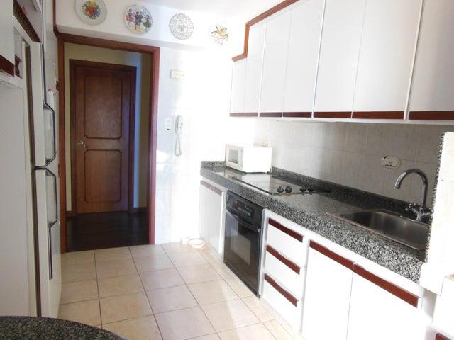 Apartamento Distrito Metropolitano>Caracas>El Cigarral - Venta:20.820.000.000 Bolivares Fuertes - codigo: 15-15752