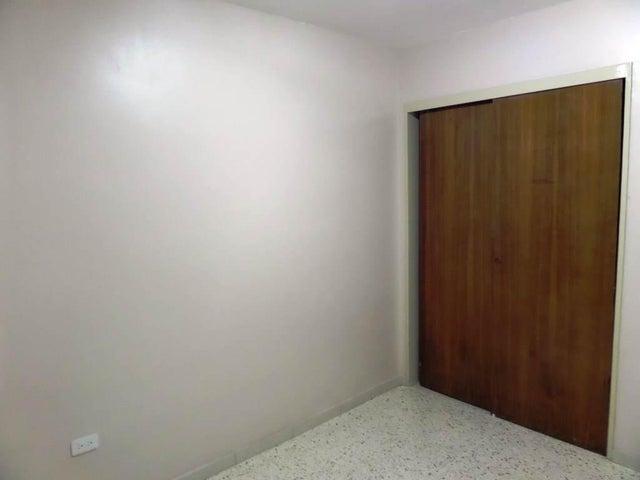 Apartamento Distrito Metropolitano>Caracas>Chacao - Venta:25.380.000.000 Bolivares Fuertes - codigo: 15-15770
