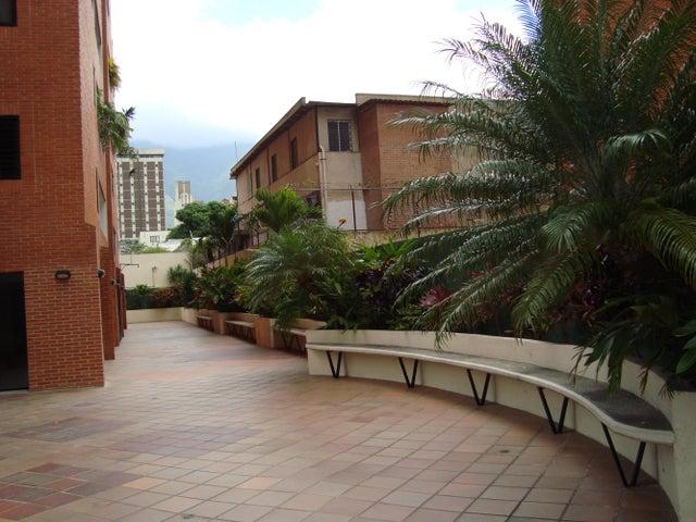 Apartamento Distrito Metropolitano>Caracas>El Rosal - Venta:117.000 Precio Referencial - codigo: 15-15688