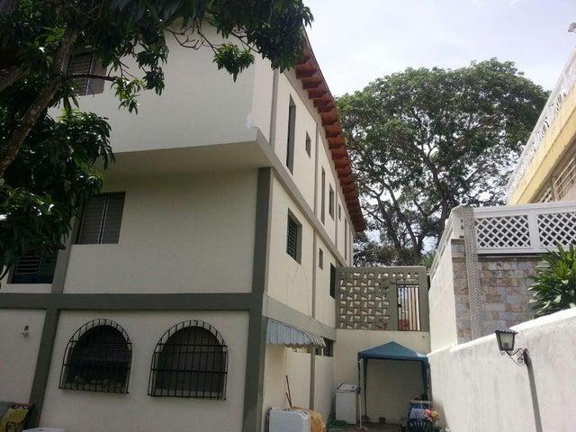 Casa Distrito Metropolitano>Caracas>Santa Fe Norte - Venta:444.840.000.000 Precio Referencial - codigo: 15-15428