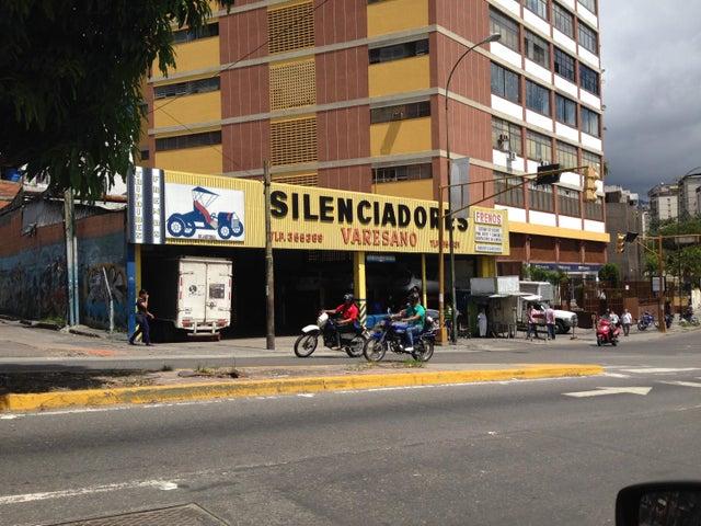 Galpon - Deposito Distrito Metropolitano>Caracas>Boleita Norte - Venta:671.798.000.000 Precio Referencial - codigo: 15-15704