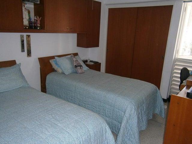 Apartamento Distrito Metropolitano>Caracas>Sabana Grande - Venta:10.575.000.000 Bolivares Fuertes - codigo: 15-15786