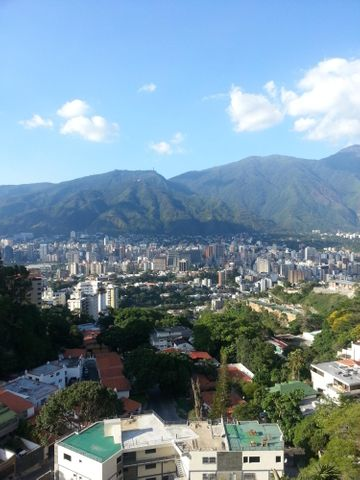 Apartamento Distrito Metropolitano>Caracas>Colinas de Bello Monte - Venta:97.716.000.000 Precio Referencial - codigo: 15-15949