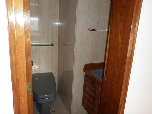 Apartamento Distrito Metropolitano>Caracas>Chulavista - Venta:124.475.000.000 Bolivares Fuertes - codigo: 15-15957