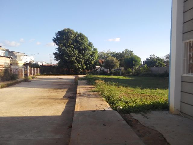 Townhouse Zulia>Cabimas>5bocas - Venta:14.547.000.000 Precio Referencial - codigo: 15-15986