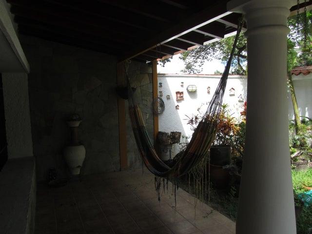 Casa Distrito Metropolitano>Caracas>Alto Prado - Venta:57.524.000.000 Bolivares - codigo: 15-16018