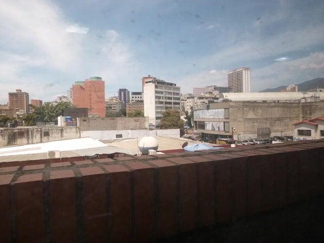 Oficina Distrito Metropolitano>Caracas>El Rosal - Venta:149.091.000.000 Precio Referencial - codigo: 15-16185